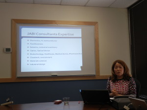 Akiko Futamura Ph.D, President of JABI, introduces the missions of JABI to the guests.